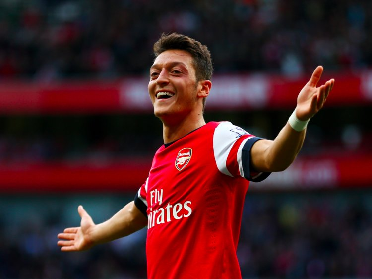 Bournemouth too 'demanding' for dropped Mesut Özil, says Unai Emery